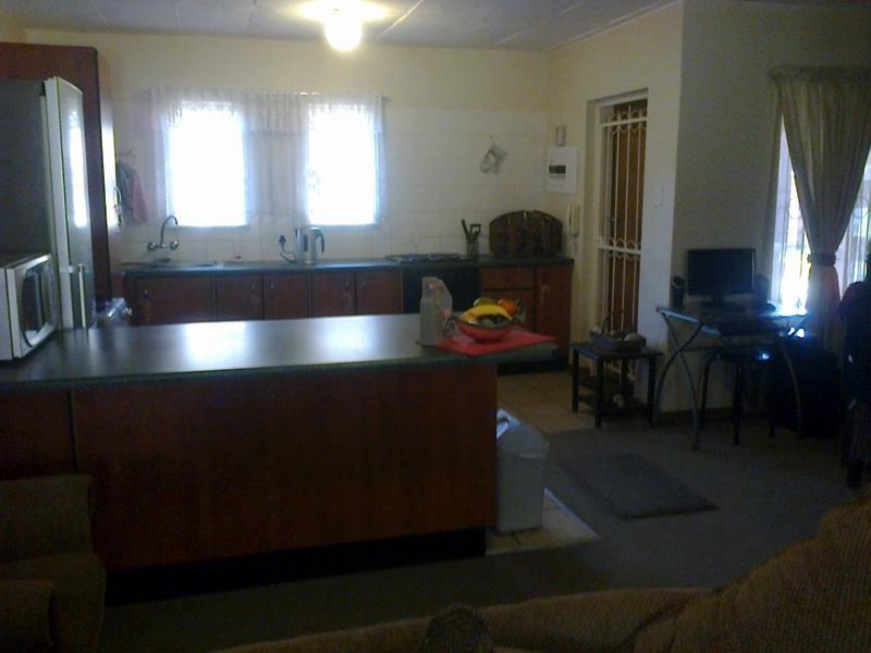 Van Der Hoff Park property to rent. Ref No: 13237845. Picture no 9