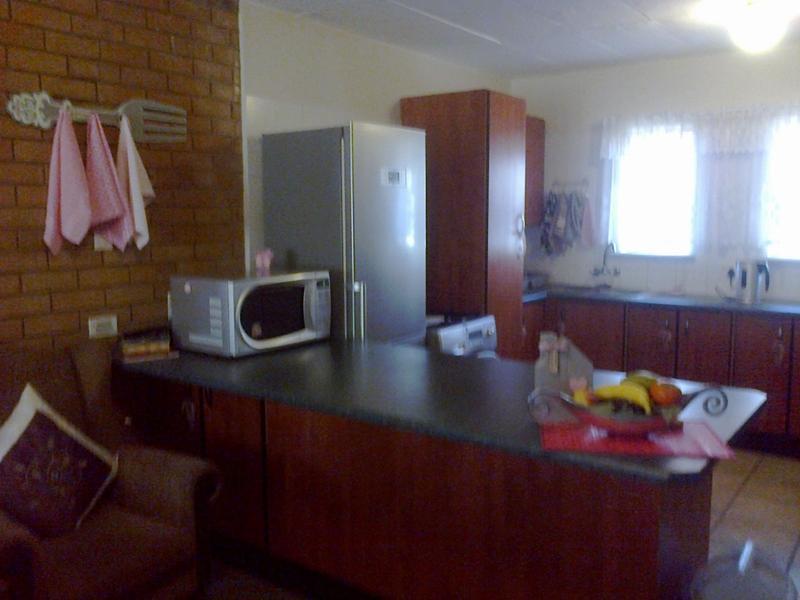 Van Der Hoff Park property to rent. Ref No: 13237845. Picture no 10