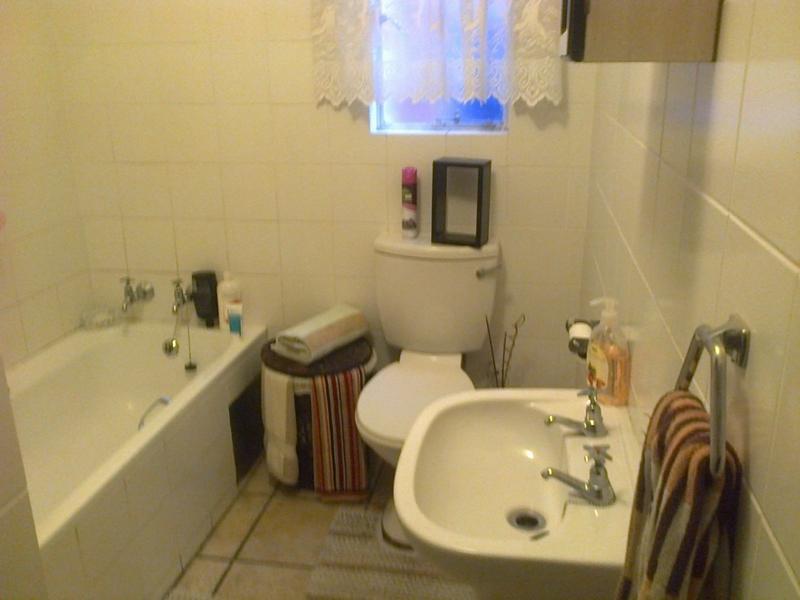 Van Der Hoff Park property to rent. Ref No: 13237845. Picture no 13