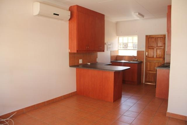 Potchefstroom Central property for sale. Ref No: 13261788. Picture no 10