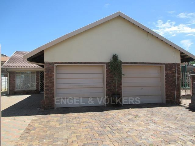Potchefstroom, Bult West Property  | Houses For Sale Bult West, BULT WEST, House 3 bedrooms property for sale Price:1,100,000