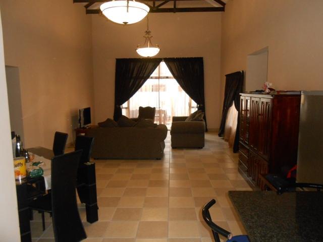 Baillie Park property for sale. Ref No: 13278024. Picture no 11