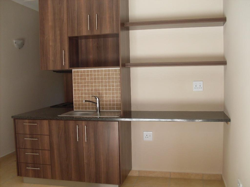 Die Bult property to rent. Ref No: 13283612. Picture no 3