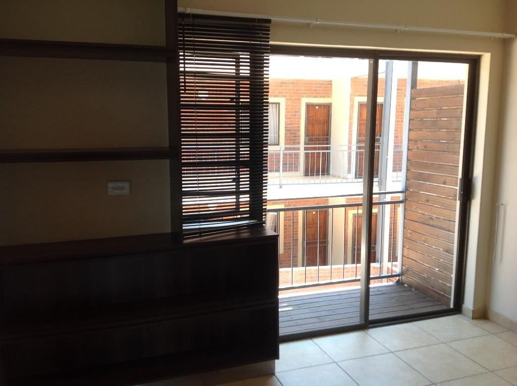 Die Bult property to rent. Ref No: 13283612. Picture no 5