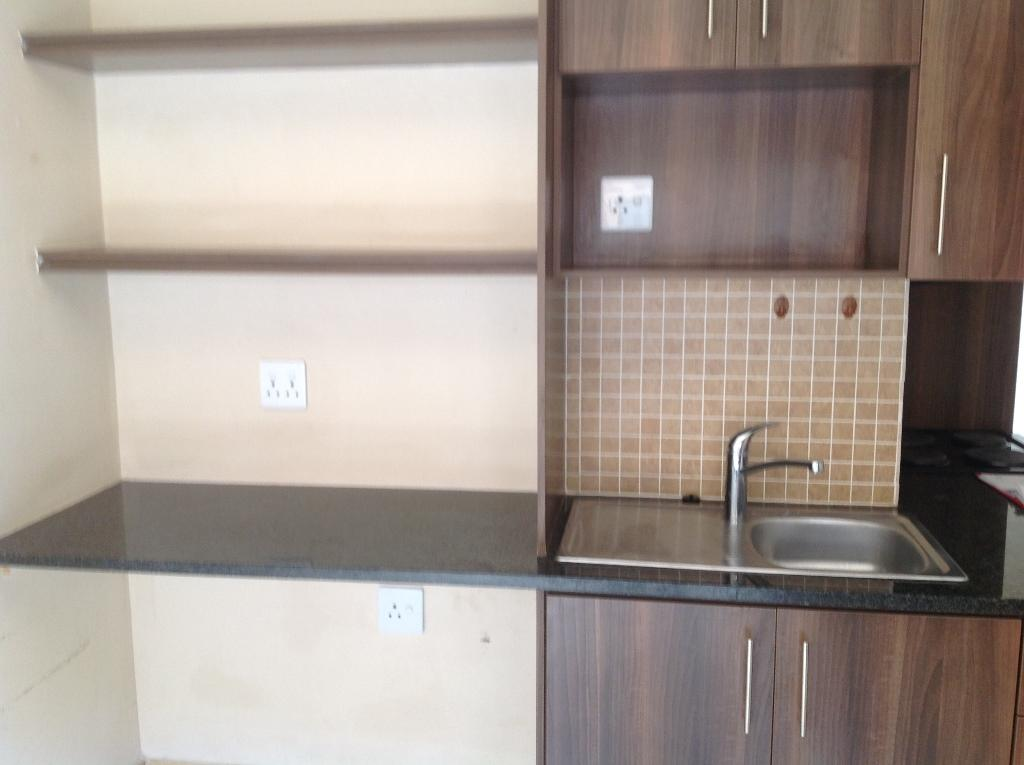 Die Bult property to rent. Ref No: 13283612. Picture no 10