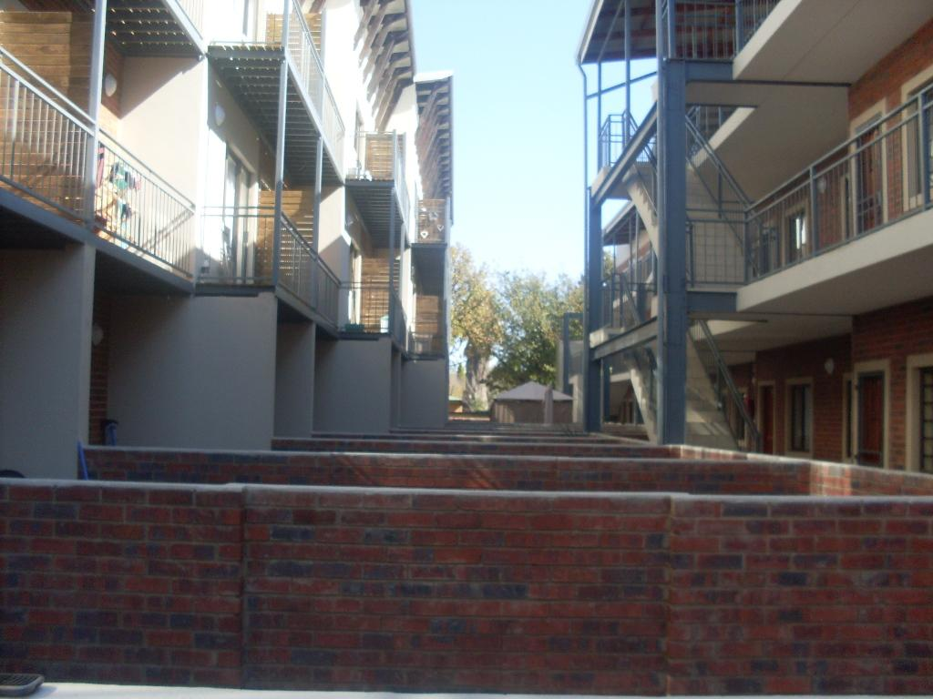 Die Bult property to rent. Ref No: 13283612. Picture no 2