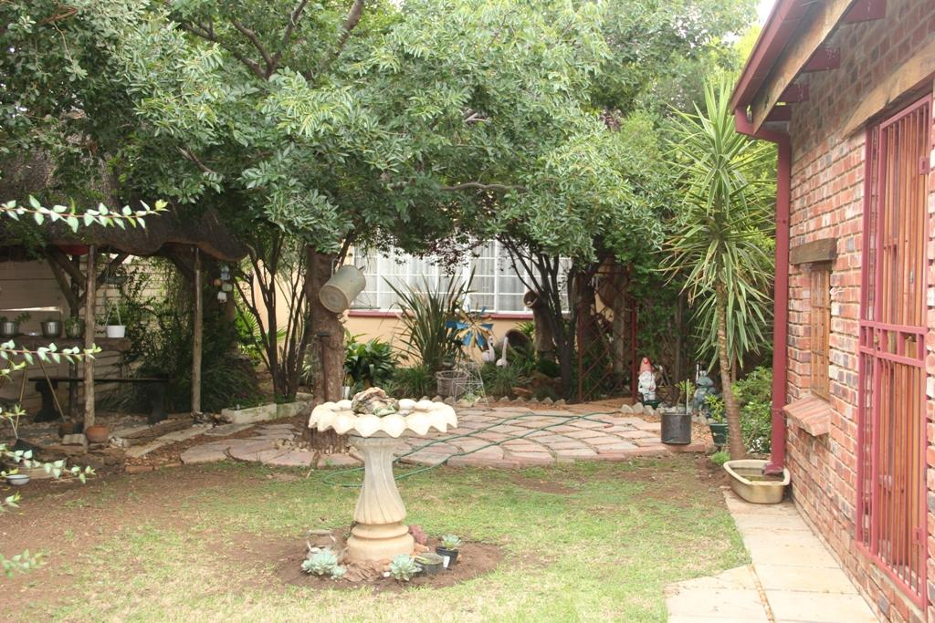 Potchefstroom Central property for sale. Ref No: 13295774. Picture no 14