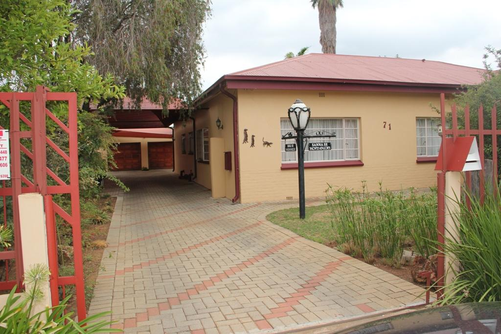Potchefstroom Central property for sale. Ref No: 13295774. Picture no 1