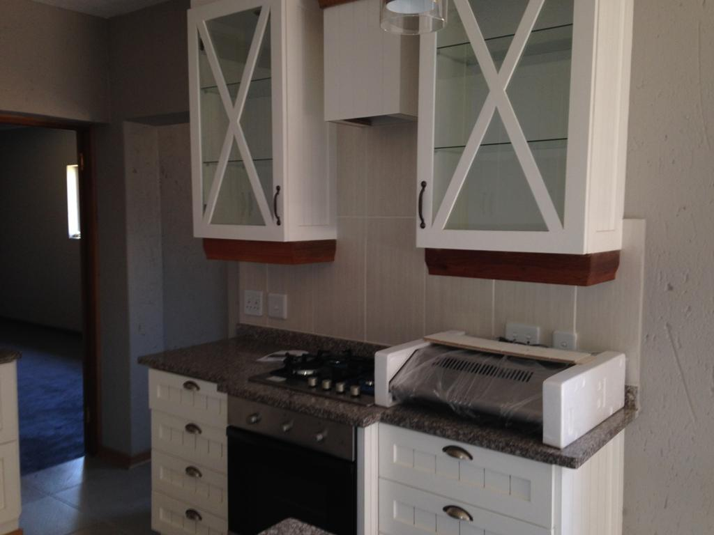 Miederpark property for sale. Ref No: 13294103. Picture no 8