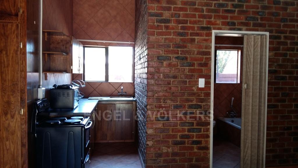 Dassie Rand property for sale. Ref No: 13299575. Picture no 12