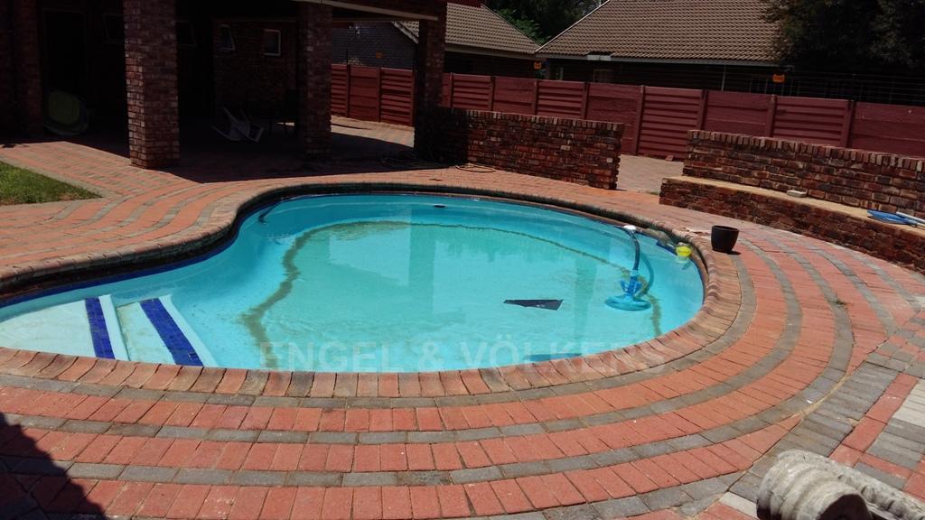 Dassie Rand property for sale. Ref No: 13299575. Picture no 16