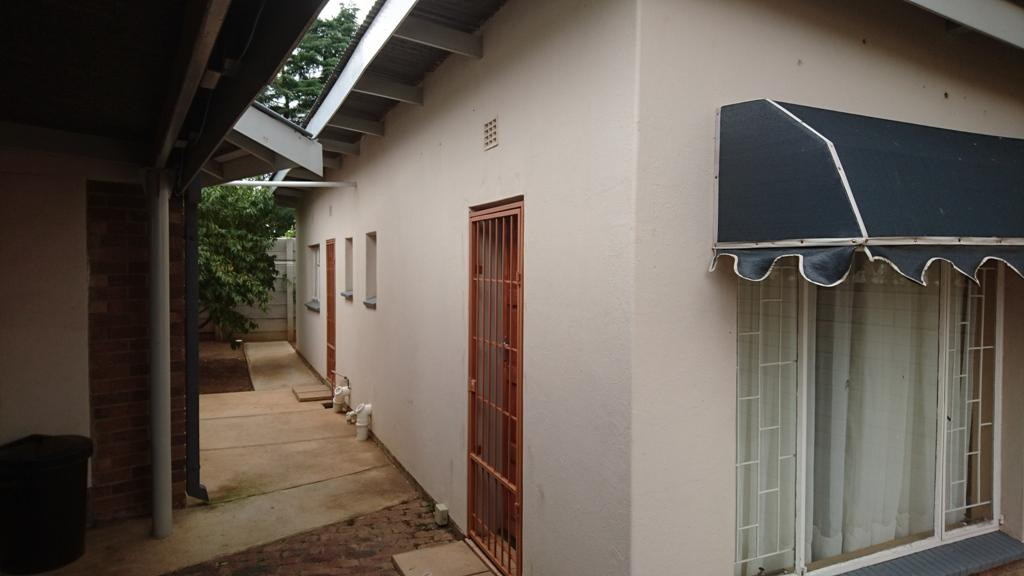 Potchefstroom Central property for sale. Ref No: 13308491. Picture no 27