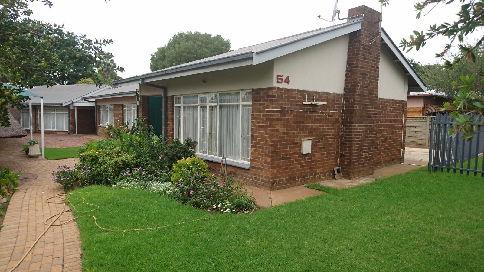 Potchefstroom Central property for sale. Ref No: 13308491. Picture no 1