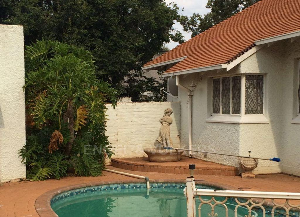 Potchefstroom Central property for sale. Ref No: 13312003. Picture no 9