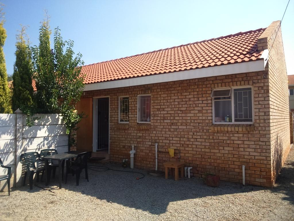 Kannoniers Park property for sale. Ref No: 13323890. Picture no 15