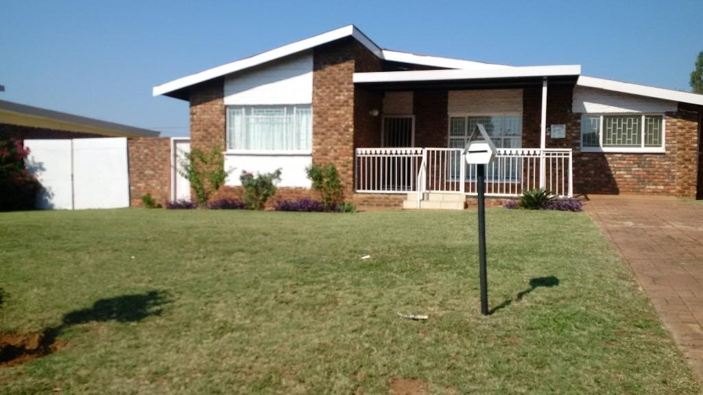 Potchefstroom, Mohadin Property  | Houses For Sale Mohadin, MOHADIN, House 3 bedrooms property for sale Price:850,000
