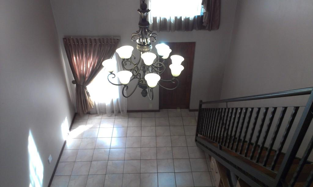 Die Bult property for sale. Ref No: 13330782. Picture no 12