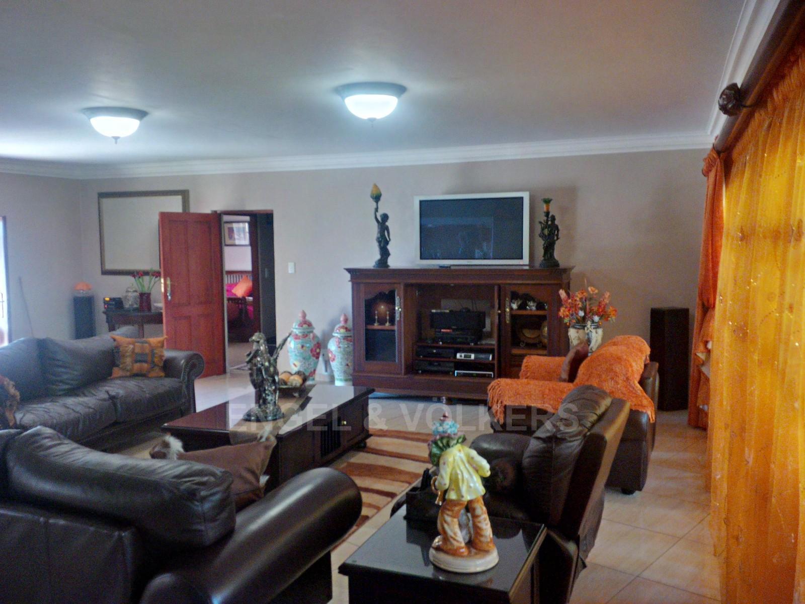 Parys property for sale. Ref No: 13338305. Picture no 8