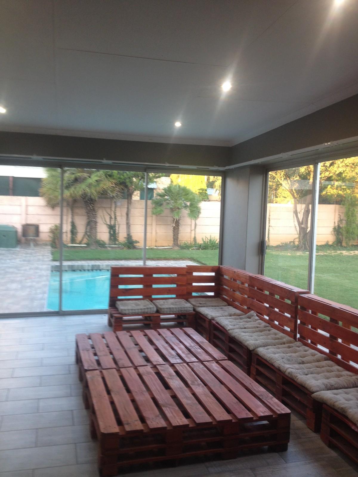 Van Der Hoff Park property for sale. Ref No: 13332096. Picture no 13