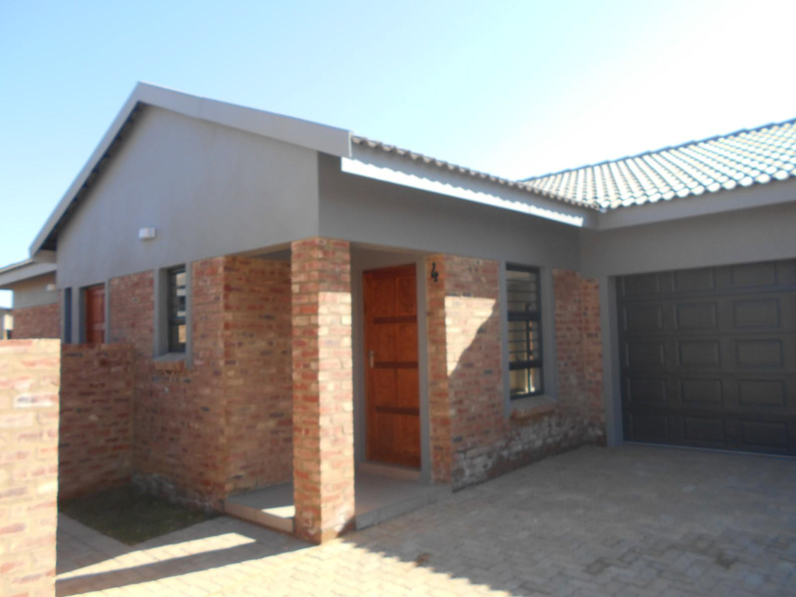 Property and Houses to rent in Baillie Park, Simplex, 3 Bedrooms - ZAR ,  9,10*,M