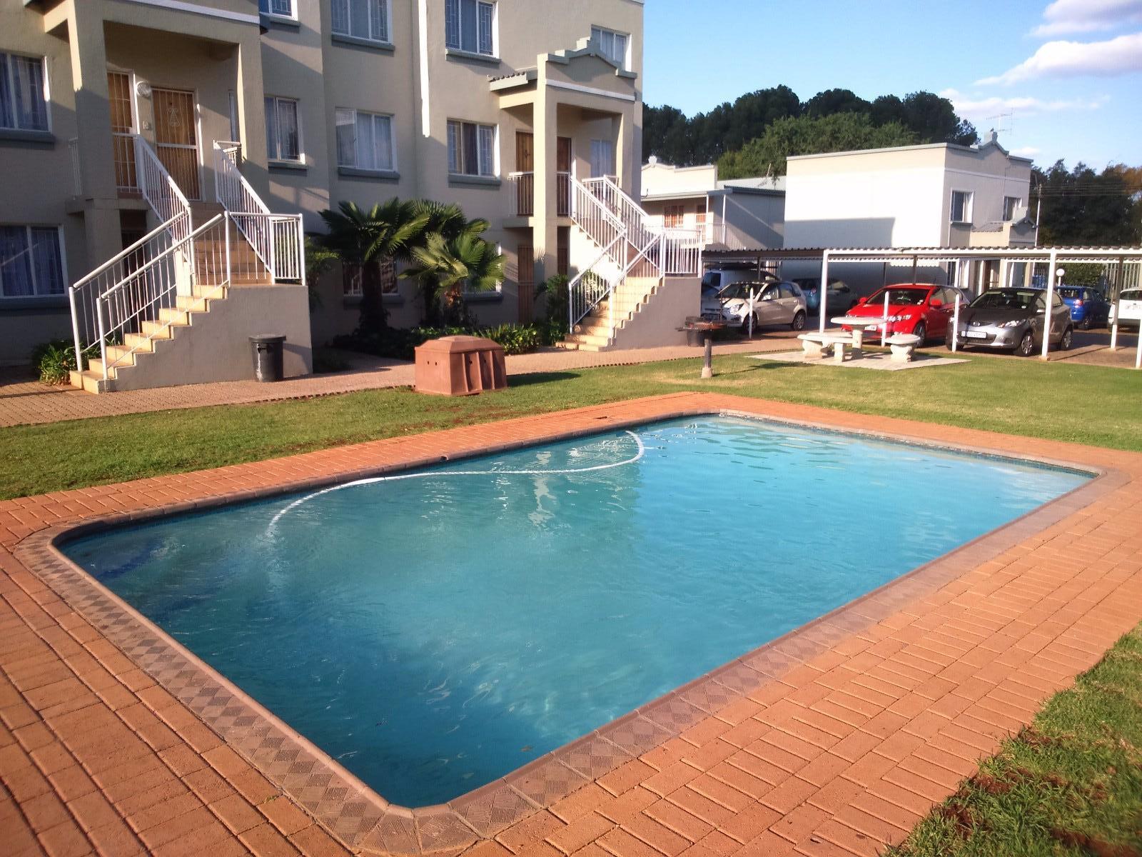 Kannoniers Park property for sale. Ref No: 13336190. Picture no 18