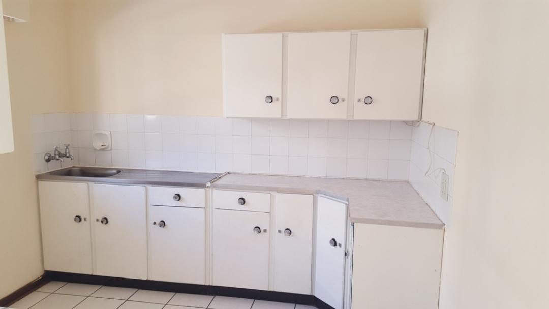 Potchefstroom Central property for sale. Ref No: 13346387. Picture no 2