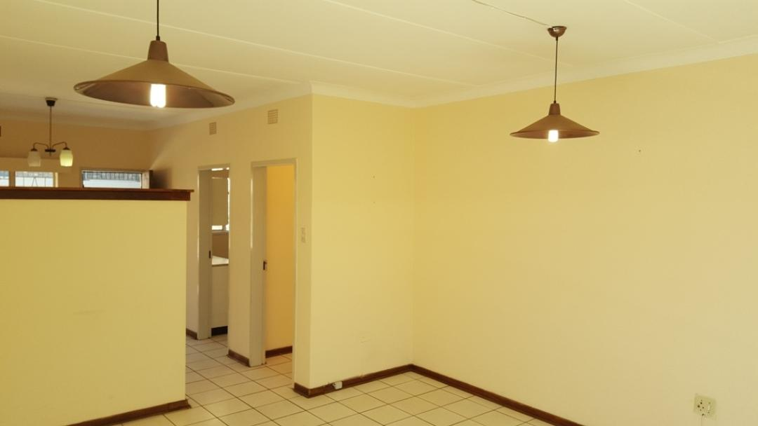 Potchefstroom Central property for sale. Ref No: 13346387. Picture no 5