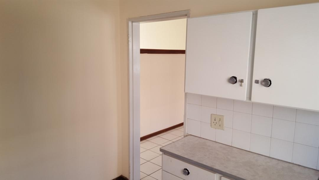 Potchefstroom Central property for sale. Ref No: 13346387. Picture no 4
