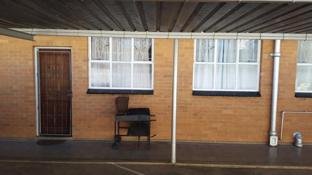 Potchefstroom Central property for sale. Ref No: 13346387. Picture no 16