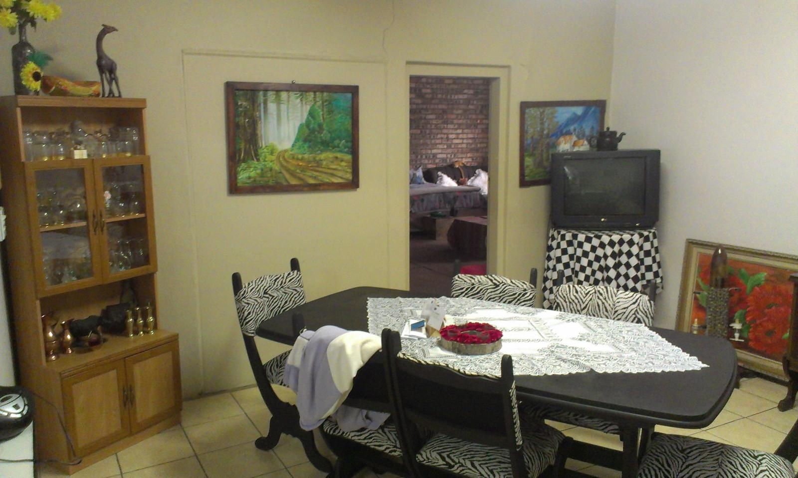 Vyfhoek property for sale. Ref No: 13350093. Picture no 15