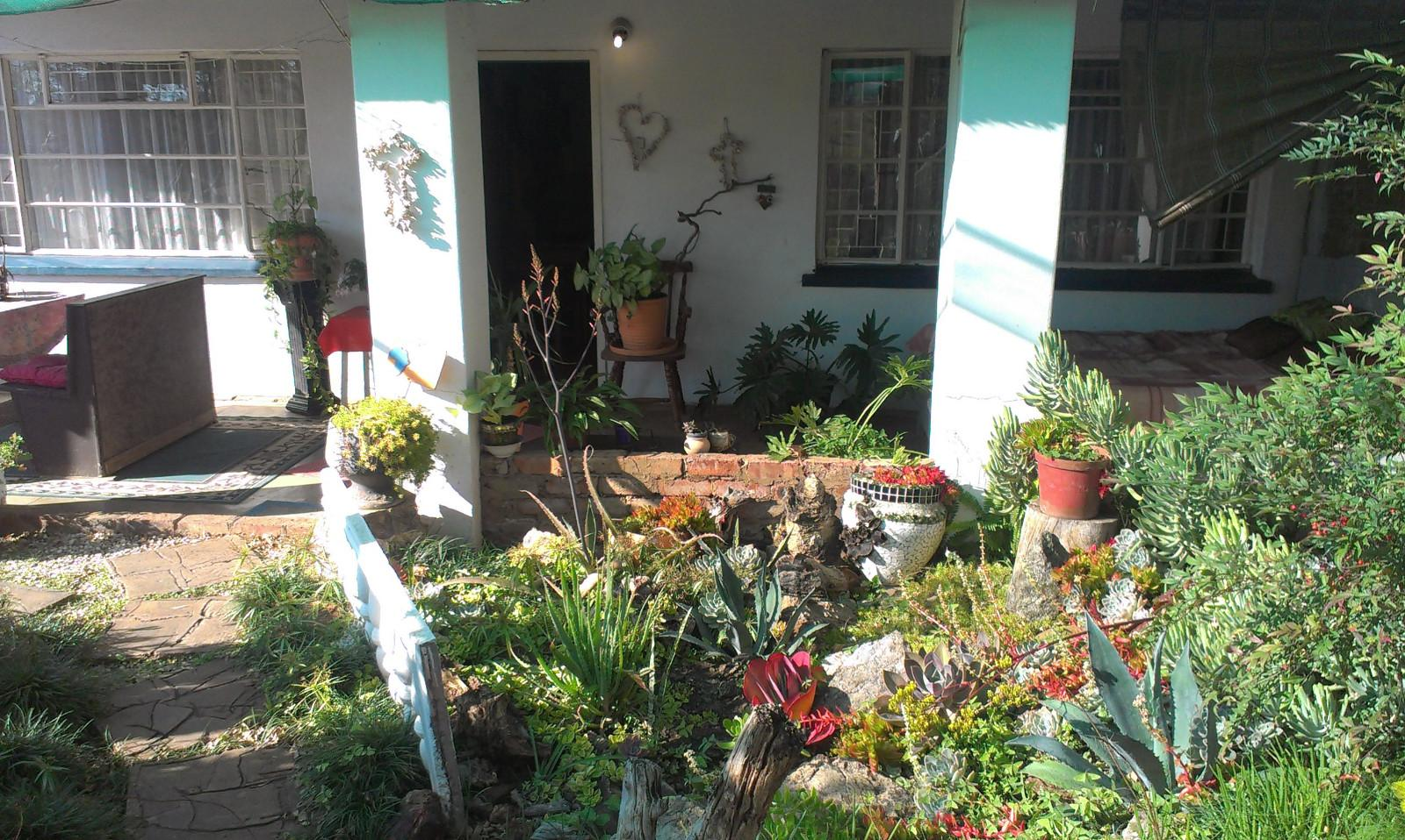 Vyfhoek property for sale. Ref No: 13350093. Picture no 1