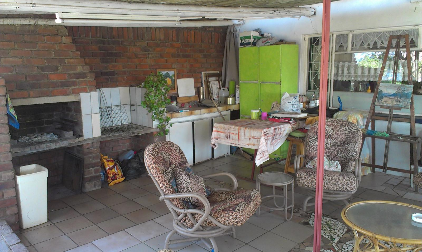 Vyfhoek property for sale. Ref No: 13350093. Picture no 17