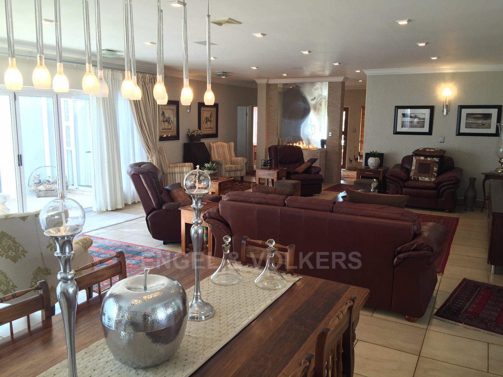 Van Der Hoff Park property for sale. Ref No: 13362871. Picture no 6