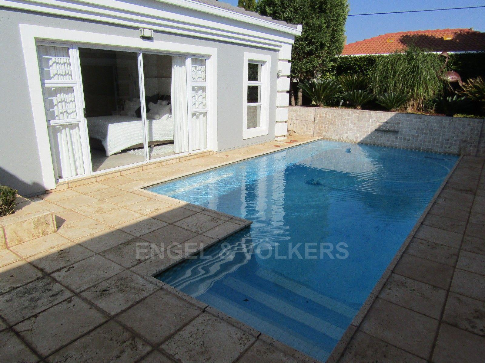 Van Der Hoff Park property for sale. Ref No: 13362871. Picture no 24