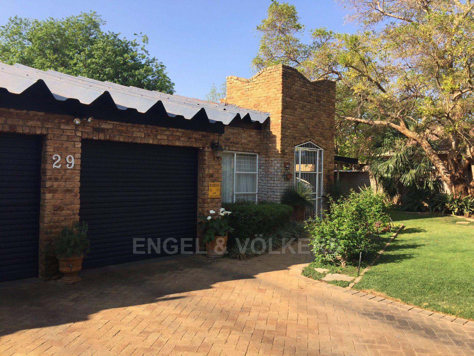 Van Der Hoff Park property for sale. Ref No: 13362261. Picture no 1