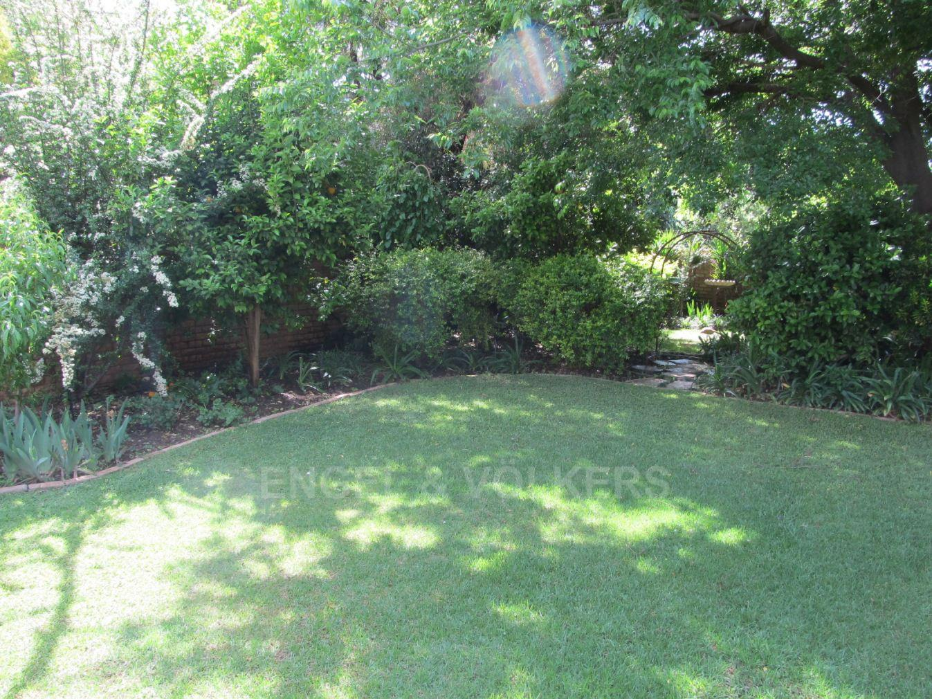 Van Der Hoff Park for sale property. Ref No: 13362261. Picture no 25