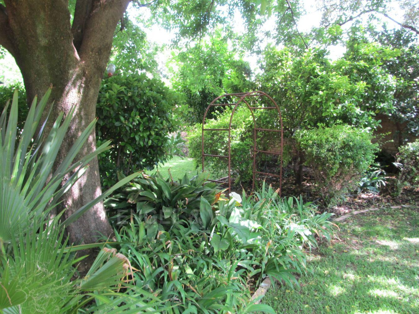Van Der Hoff Park property for sale. Ref No: 13362261. Picture no 27