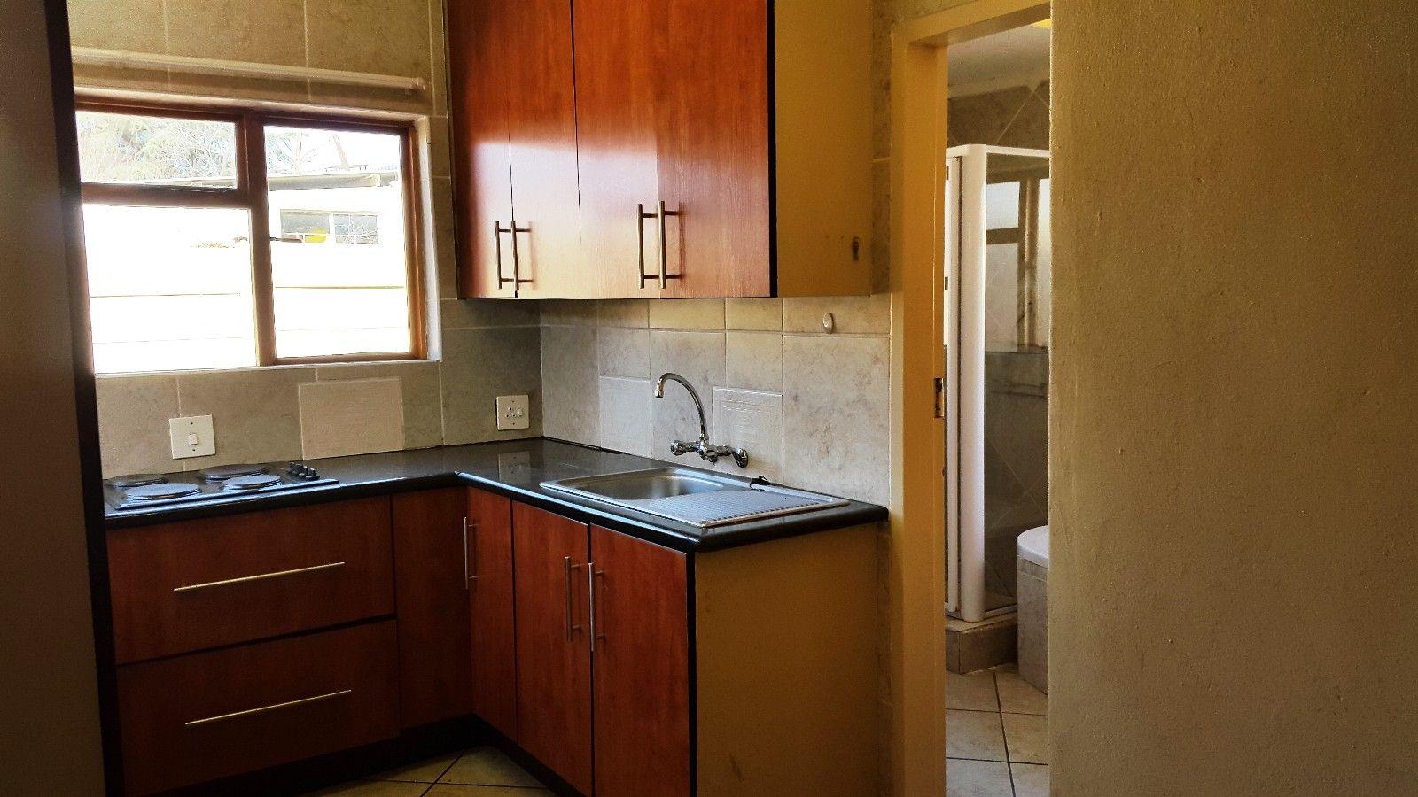 Baillie Park property for sale. Ref No: 13377937. Picture no 20