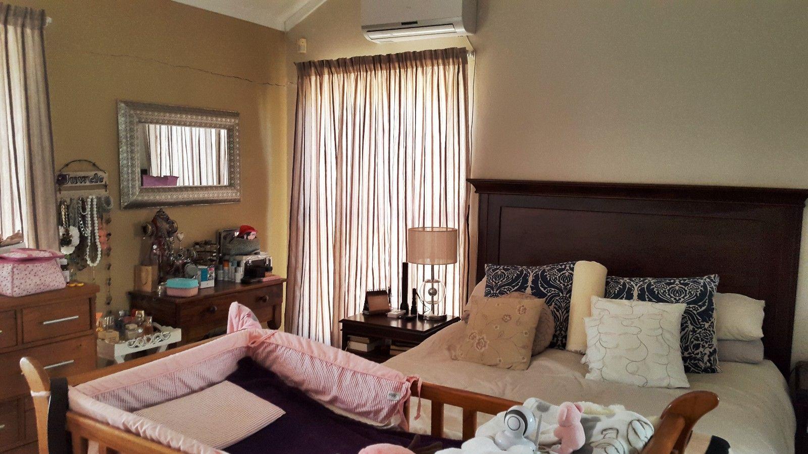 Baillie Park property for sale. Ref No: 13377937. Picture no 7