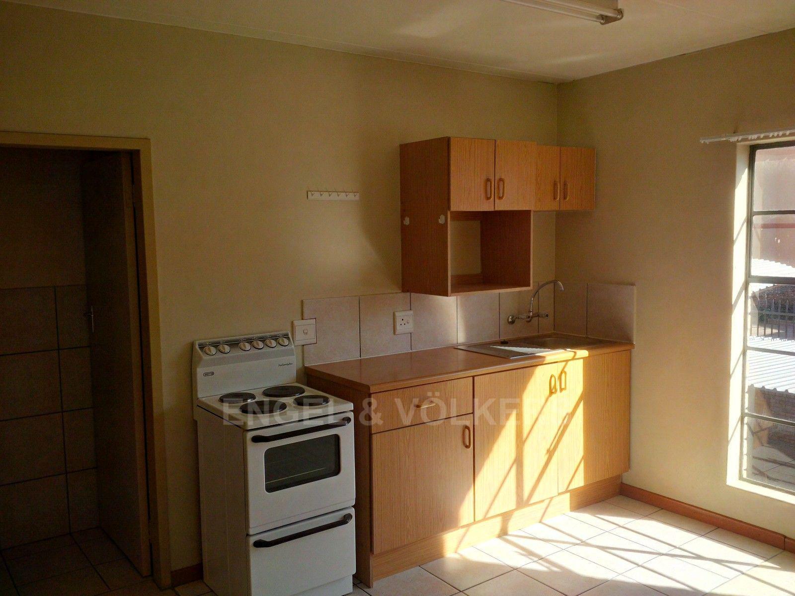 Kannoniers Park property for sale. Ref No: 13379091. Picture no 12