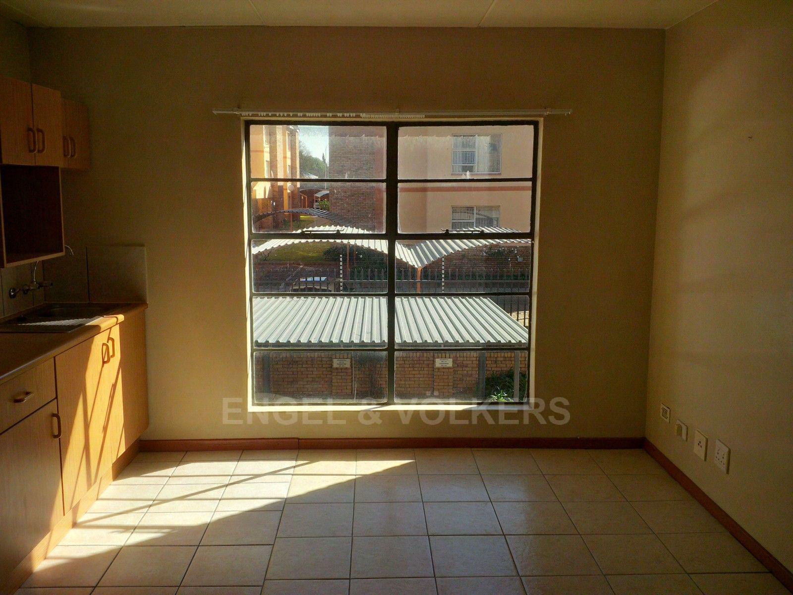 Kannoniers Park property for sale. Ref No: 13379091. Picture no 23