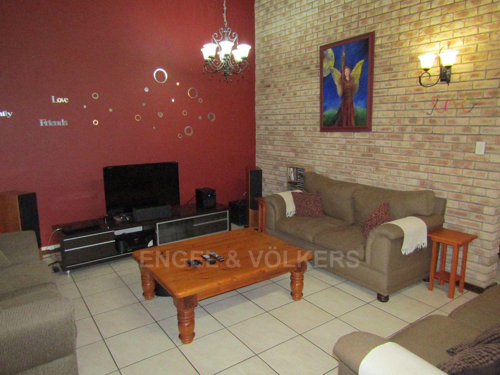 Van Der Hoff Park property for sale. Ref No: 13388201. Picture no 4