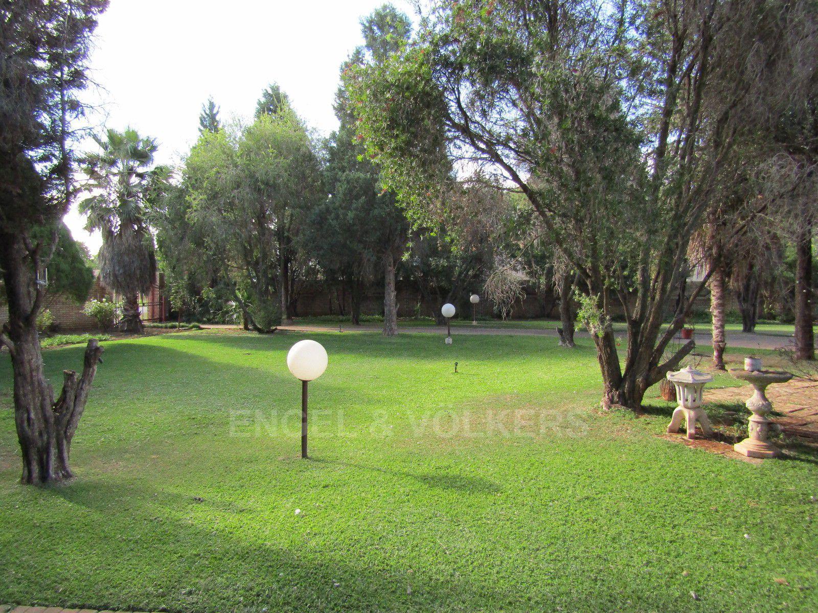 Van Der Hoff Park property for sale. Ref No: 13388201. Picture no 24