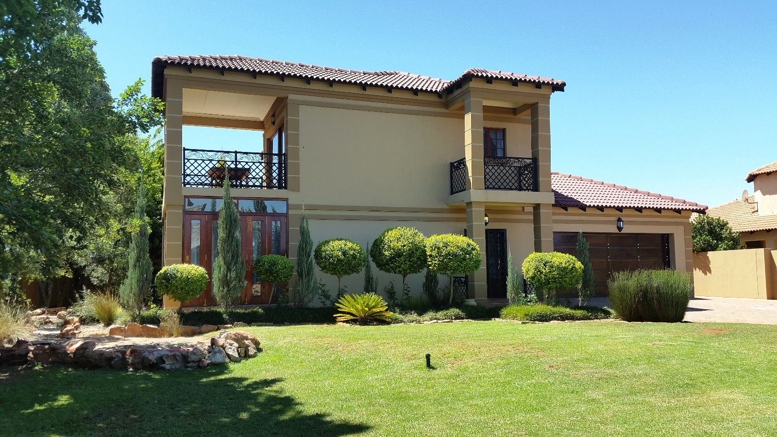 Potchefstroom tuscany ridge property houses for sale for Tuscany houses