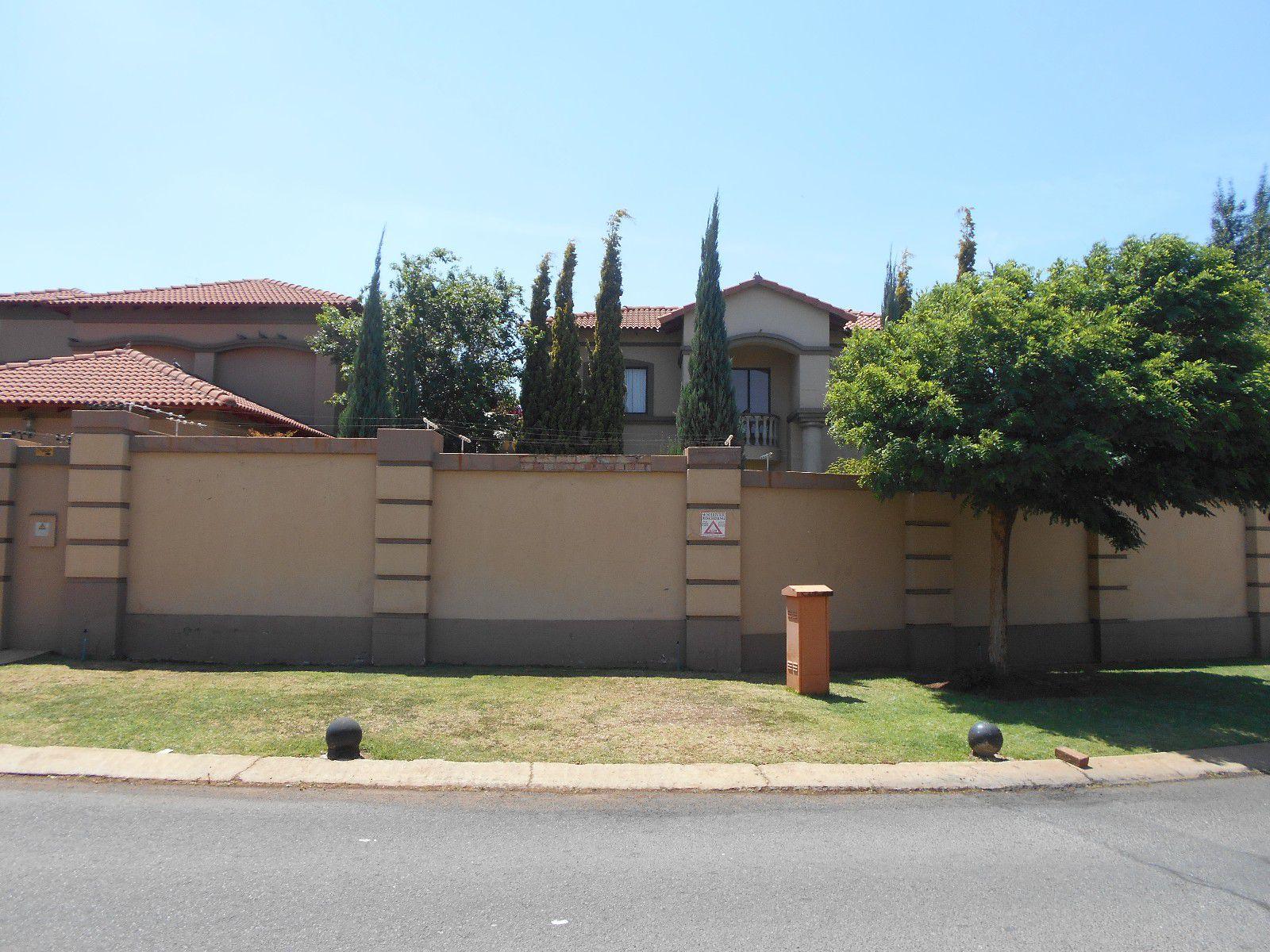 Potchefstroom, Van Der Hoff Park Property  | Houses To Rent Van Der Hoff Park, VAN DER HOFF PARK, House 4 bedrooms property to rent Price:, 22,00*