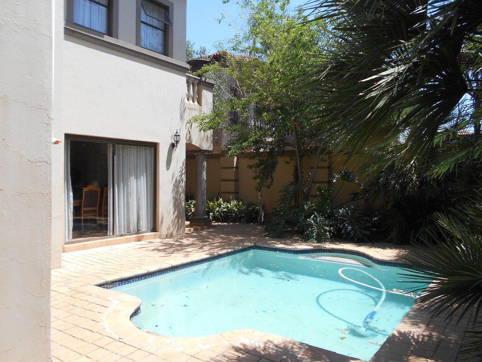 Van Der Hoff Park property to rent. Ref No: 13400944. Picture no 24