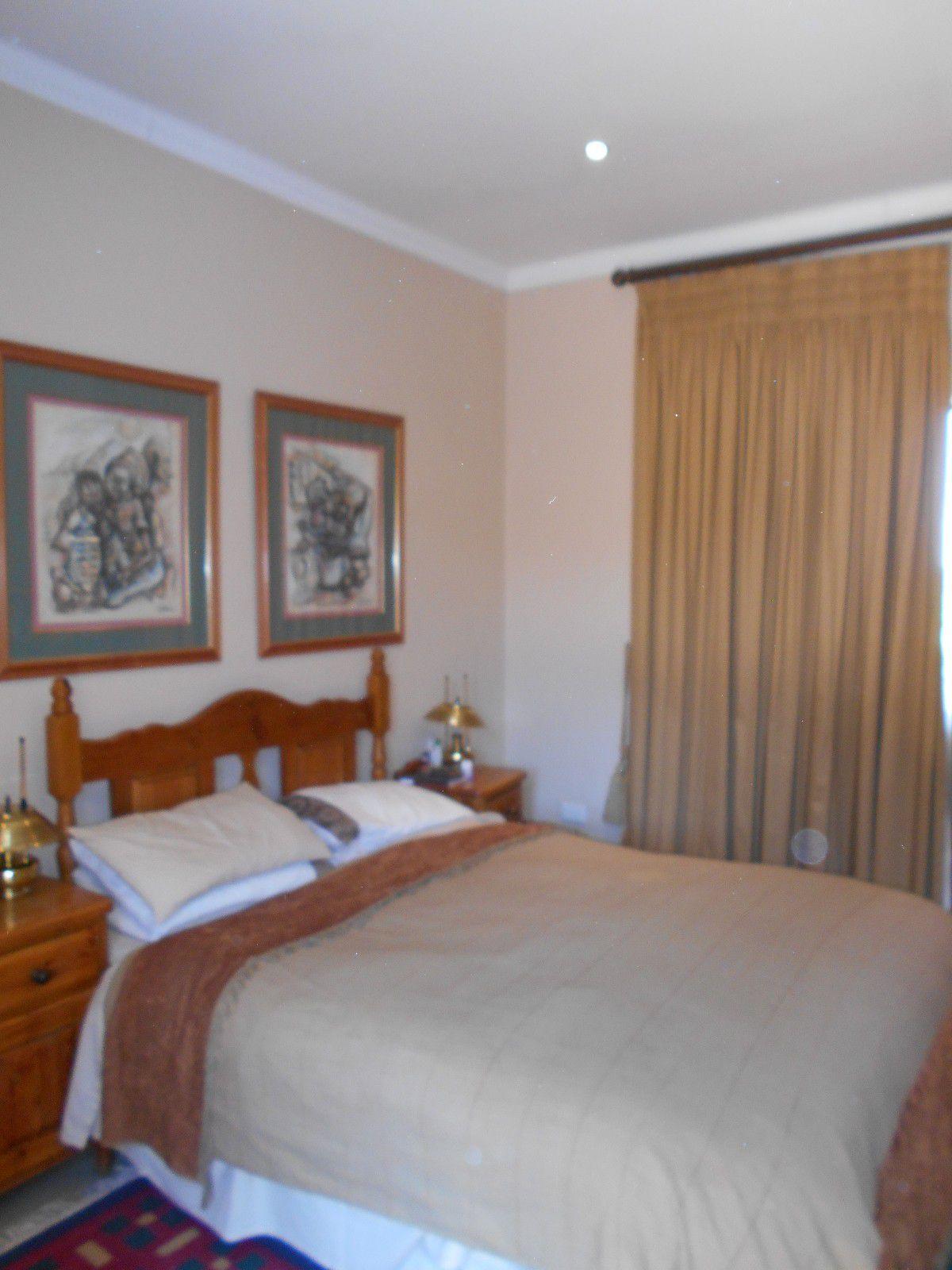 Van Der Hoff Park property to rent. Ref No: 13400944. Picture no 21