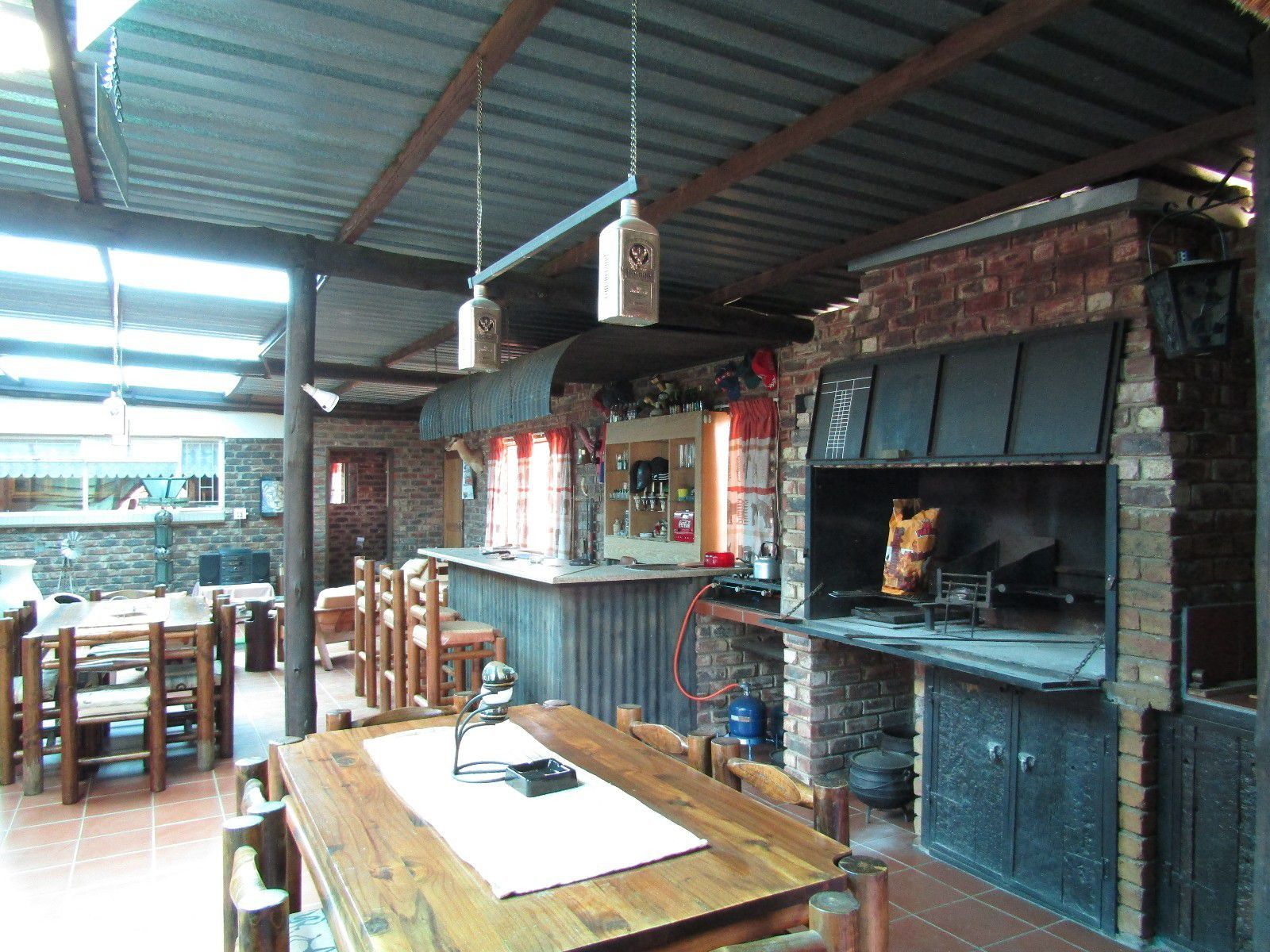 Potchefstroom Central property for sale. Ref No: 13444543. Picture no 6