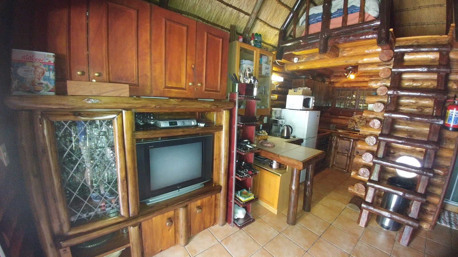 Renovaal property for sale. Ref No: 13450057. Picture no 14