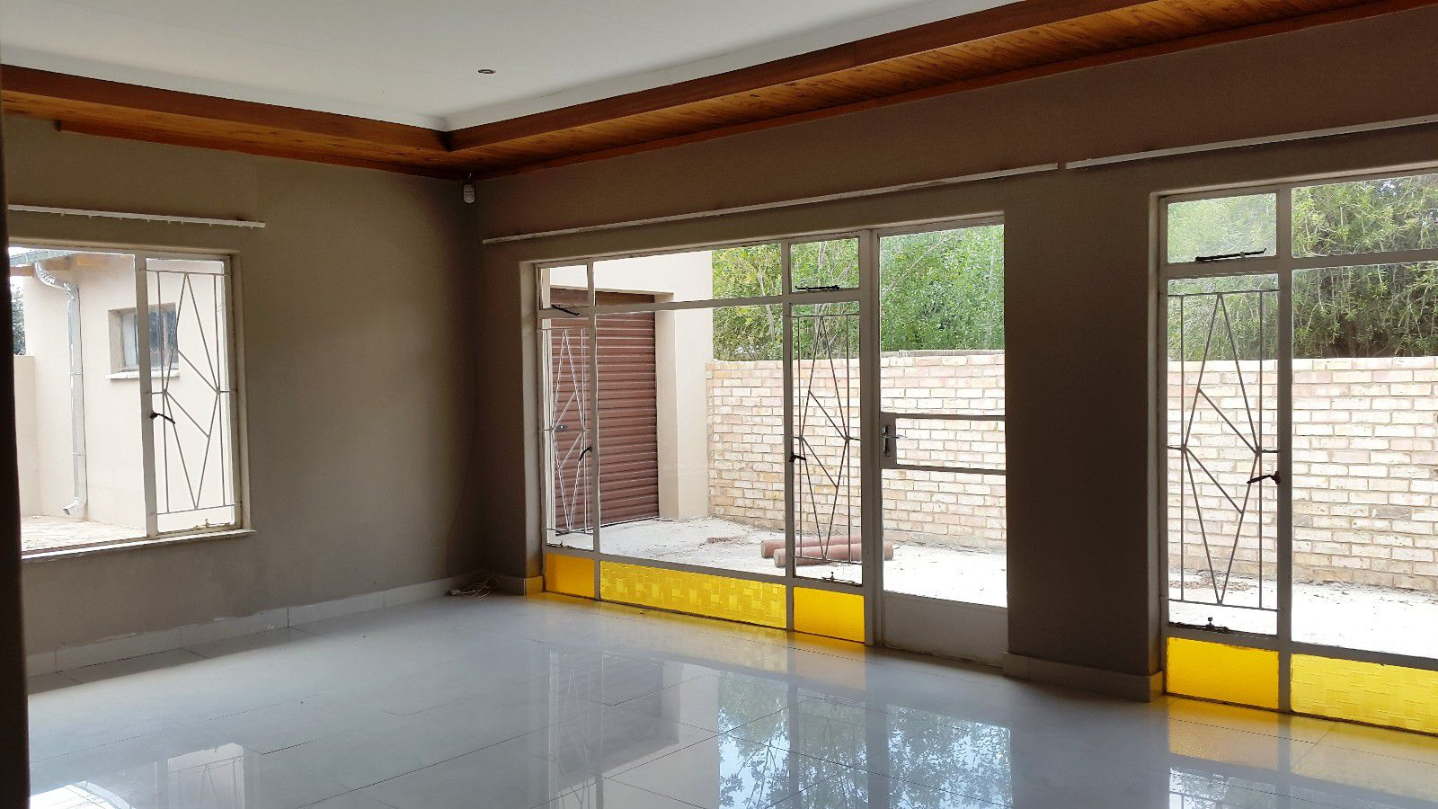 Potchefstroom Central property for sale. Ref No: 13410360. Picture no 2